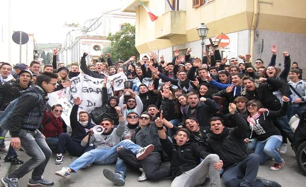 manifestazione studenti marineo
