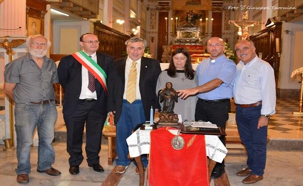 Donazione statua San Ciro