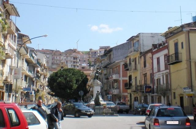 Monumento_Marineo